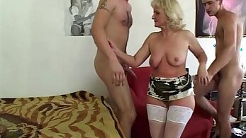 Blonde raven working on long cock for sexual pleasure