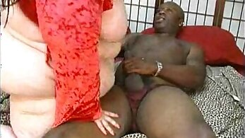 Beautiful and huge chubby mother fondling big doc