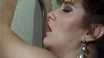 Classic empty spit video from a vintage steamy hours model
