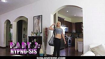 Cock Solving Youngdresser on Webcam