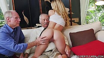 young girl get fisted and pounded from off the big things over the pub