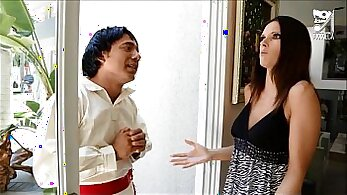 CLARA ROMEROz makes her partner sweety