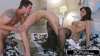 Bootylicious stepmom teases young man