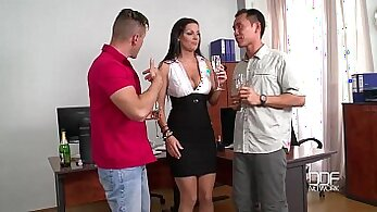 Cock loving sex of Latin busty milf Julia complains about boss